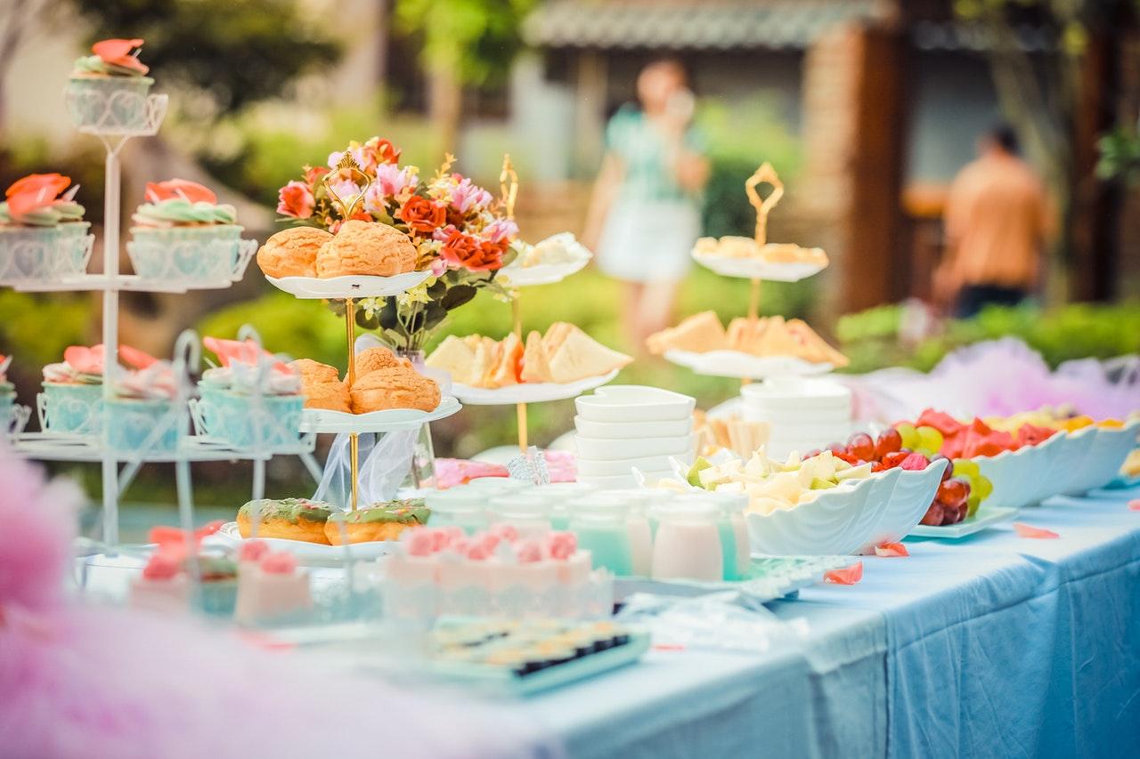 Catering adecuado para el Bridal Party.