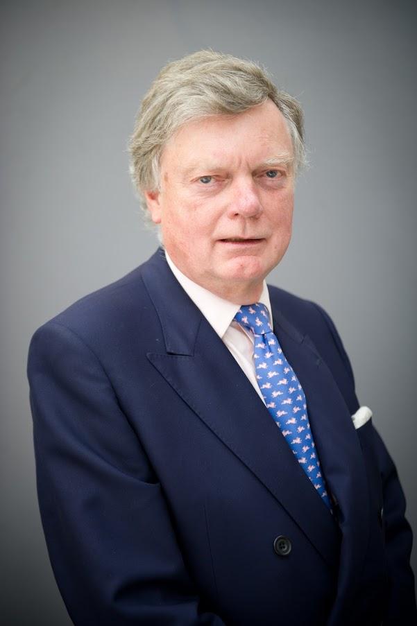 Sir Stephen Lamport.jpg