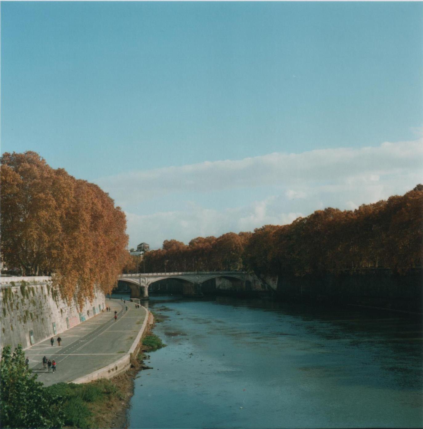 River Tiber Roma.jpg