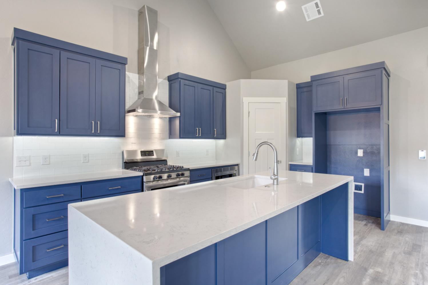 016_Kitchen A.jpg