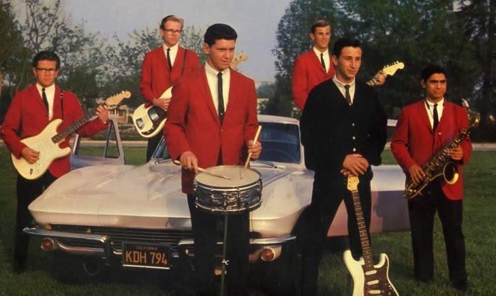 Bill Beckman (rhythm guitar), Jim Sholstedt (bass), Larry Cundieff (drums), Ron House (rhythm guitar), Jim Messina (lead guitar), and Dave Archuleta (sax)