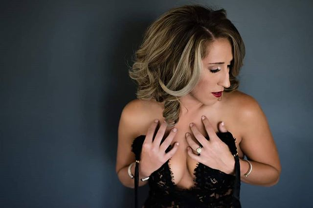 When is the last time you did something that was 1000% for YOU?  Let us know below!  #doitforyou #orlandophotography #Orlandoboudoir #orlandoboudoirphotographer #makeup #redlips #lingerie #blacklace #blacklingerie #orlandophotographer #takecareofyourself #priorities