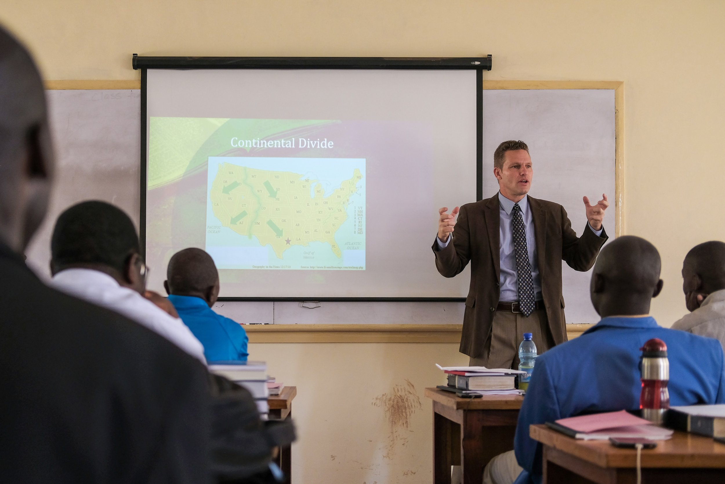 Visiting professor Thomas Baber teaches students.