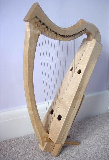 Clarsach - (Brass Strings)