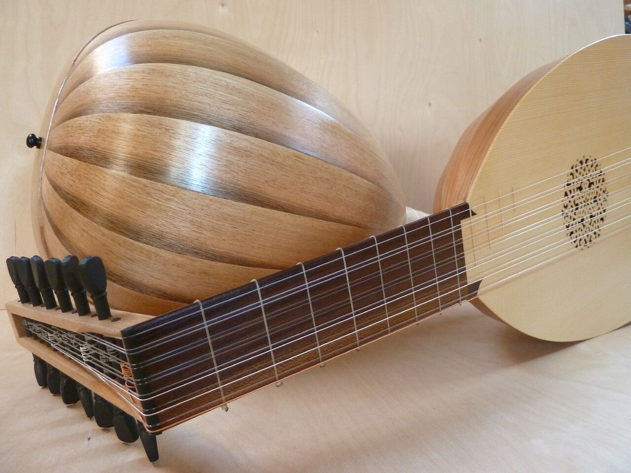 Lutes -