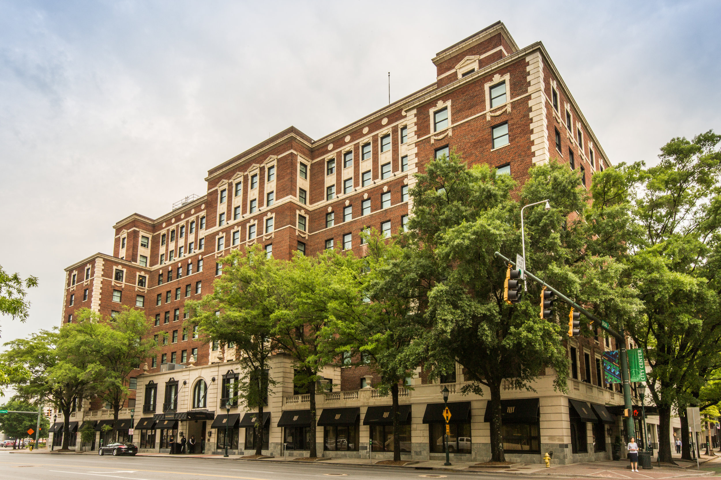 - Read House Hotel107 W M.L.K. Blvd Chattanooga, TN 37402423.266.4121Book here
