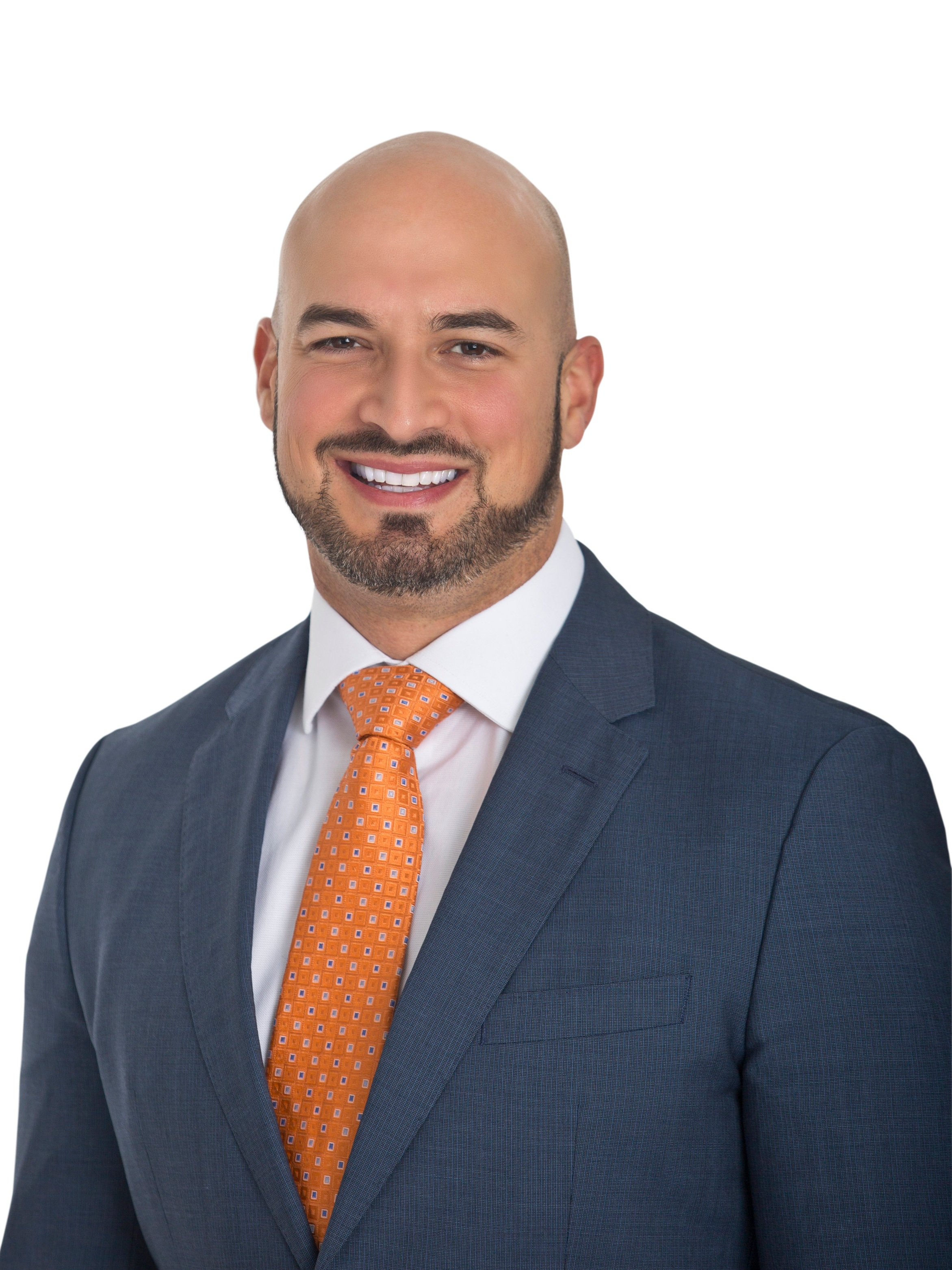 Matthew Giulianelli, DMD, FAGD, FICOI - Dr. Matt Giulianelli received his dental degree at the world-renowned Tufts School of Dental Medicine. He went on to complete his residency at Boston Medical Center where he received advanced training in oral surgery, prosthodontics, and endodontics.