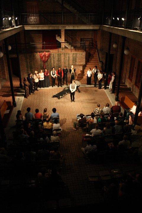 Romeo and Juliet - WILLIAM SHAKESPEARE (2010)