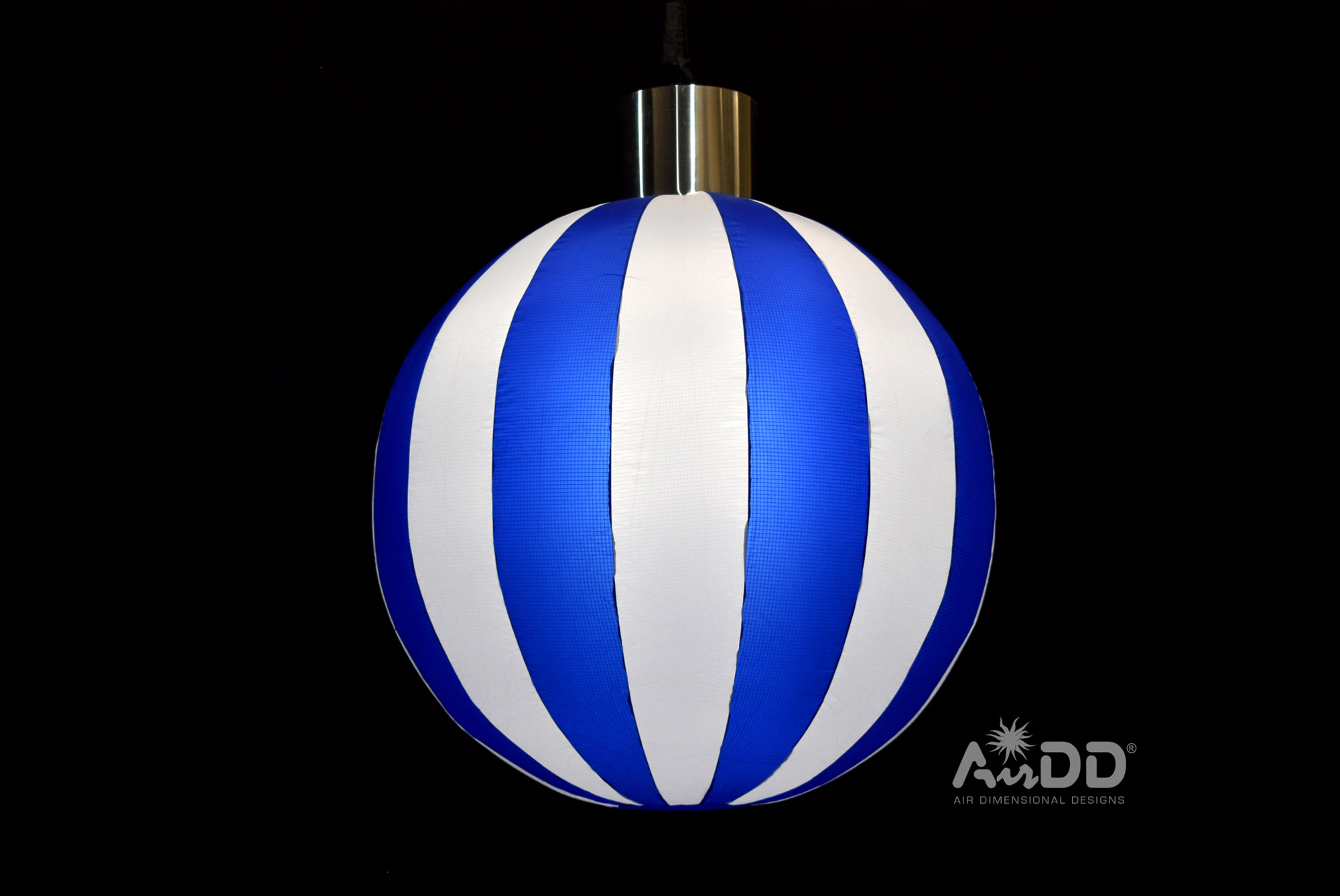 blue-ornament-1-uai-2880x1927.jpg