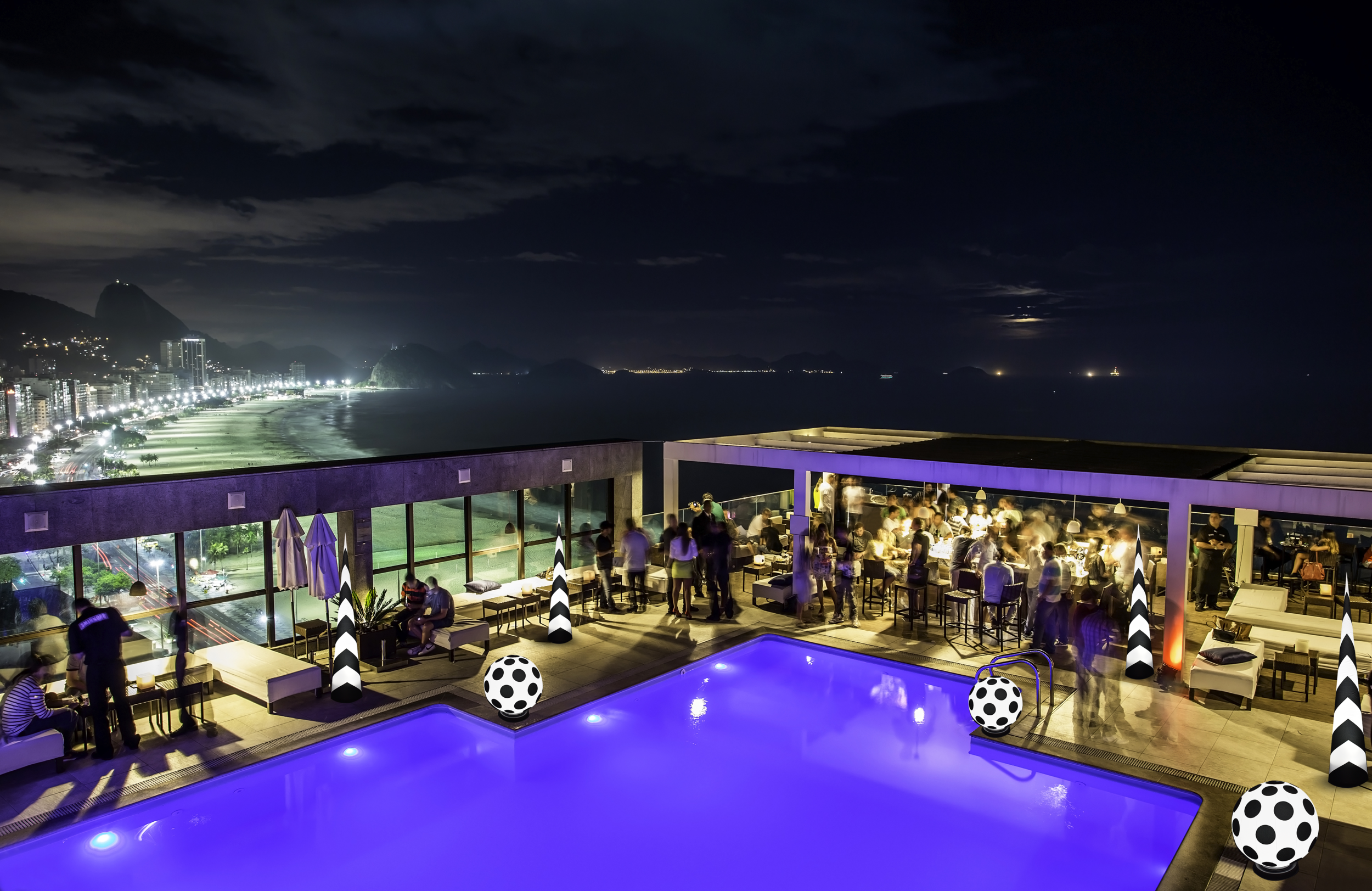 AirDD Black Tie collection decorating a rooftop pool party
