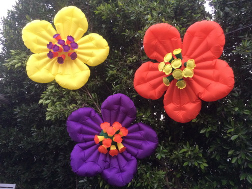 3-Colored-Floras_04.jpg