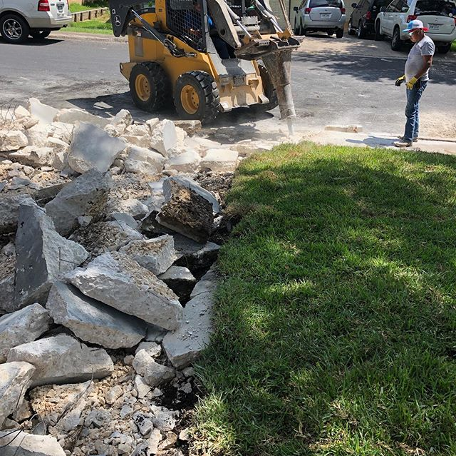 Wrapping up the weekend job here in North San Antonio.  We can help you with more than just landscaping! #localbusiness #smallbusiness #concrete #skidsteer #newdriveway