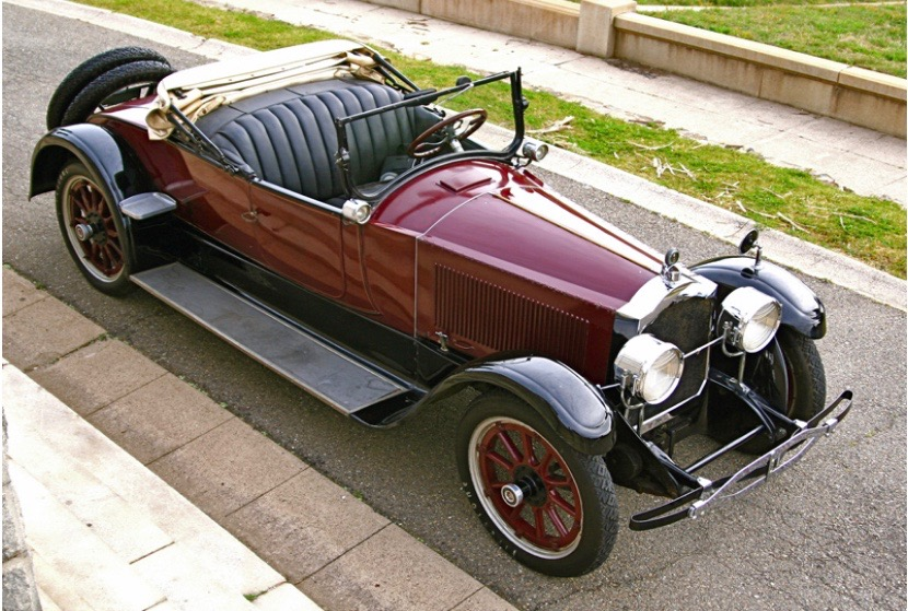 1922 Packard Twin Six Runabout