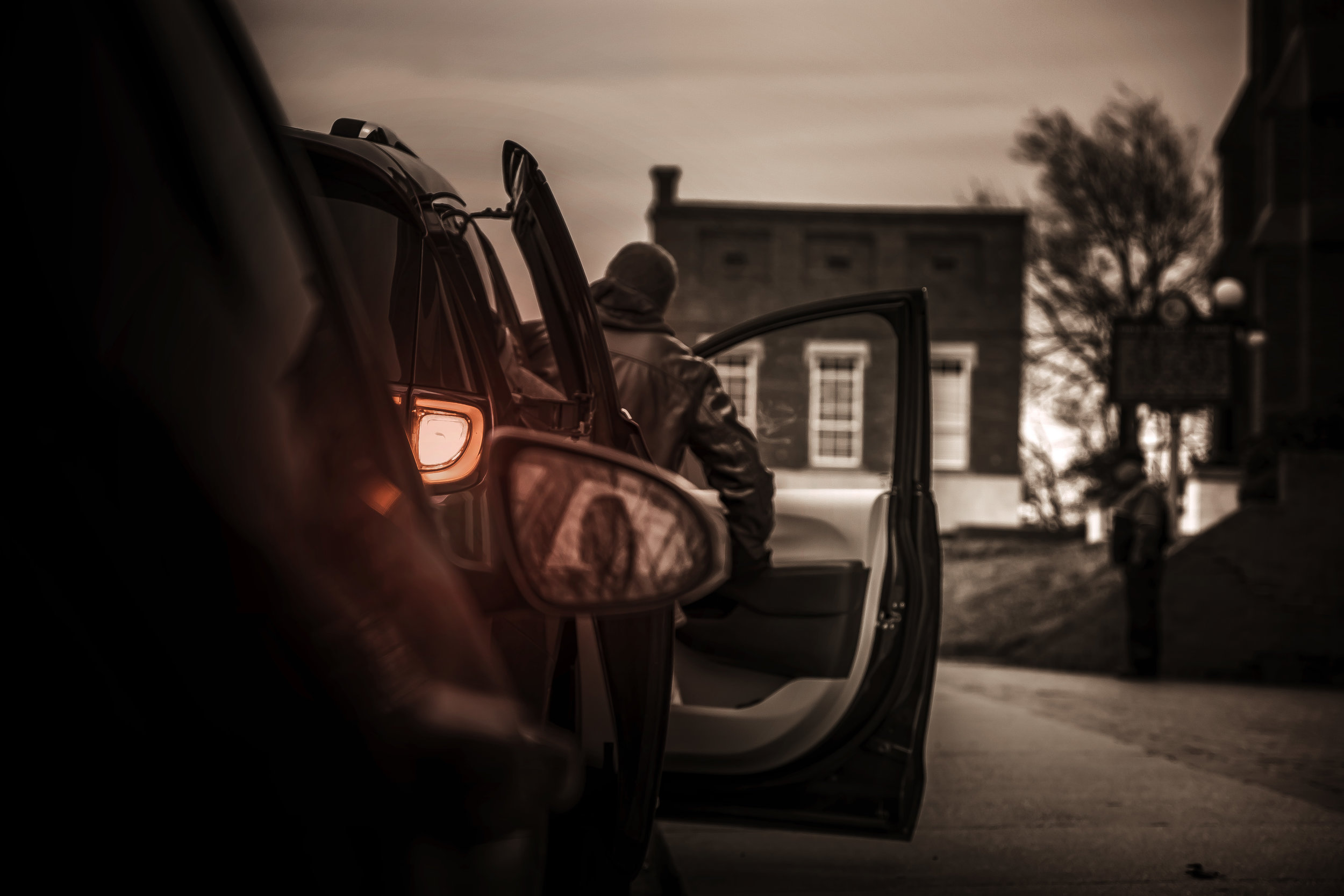 MAN IN CAR 1.jpg