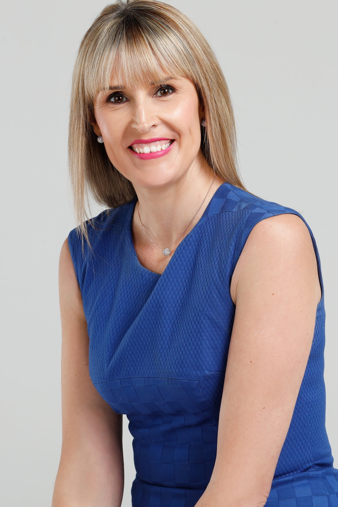 - Sharon is Australia's leading healing and loss expert sharing the lessons of life, transforming the fear of death and celebrating the power of love. She is the founder of 'The Love in Death' movement.