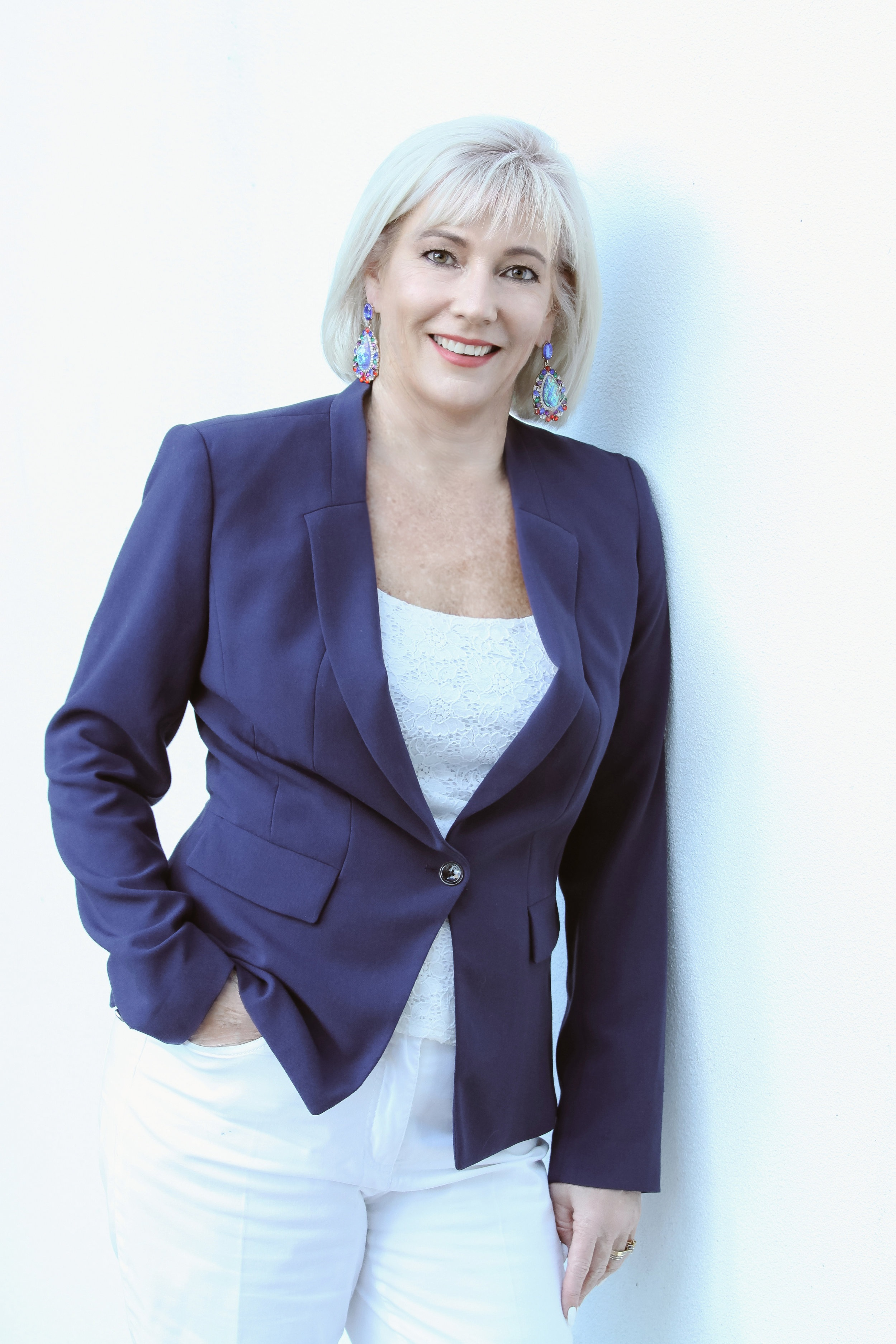 - With her vast financial knowledge and experience, Kathy is able to provide advice and guidance to a wide range of clients. She's been recognised nationally as one of RetireInvest's Top 10 Advisers for the past 14 years.