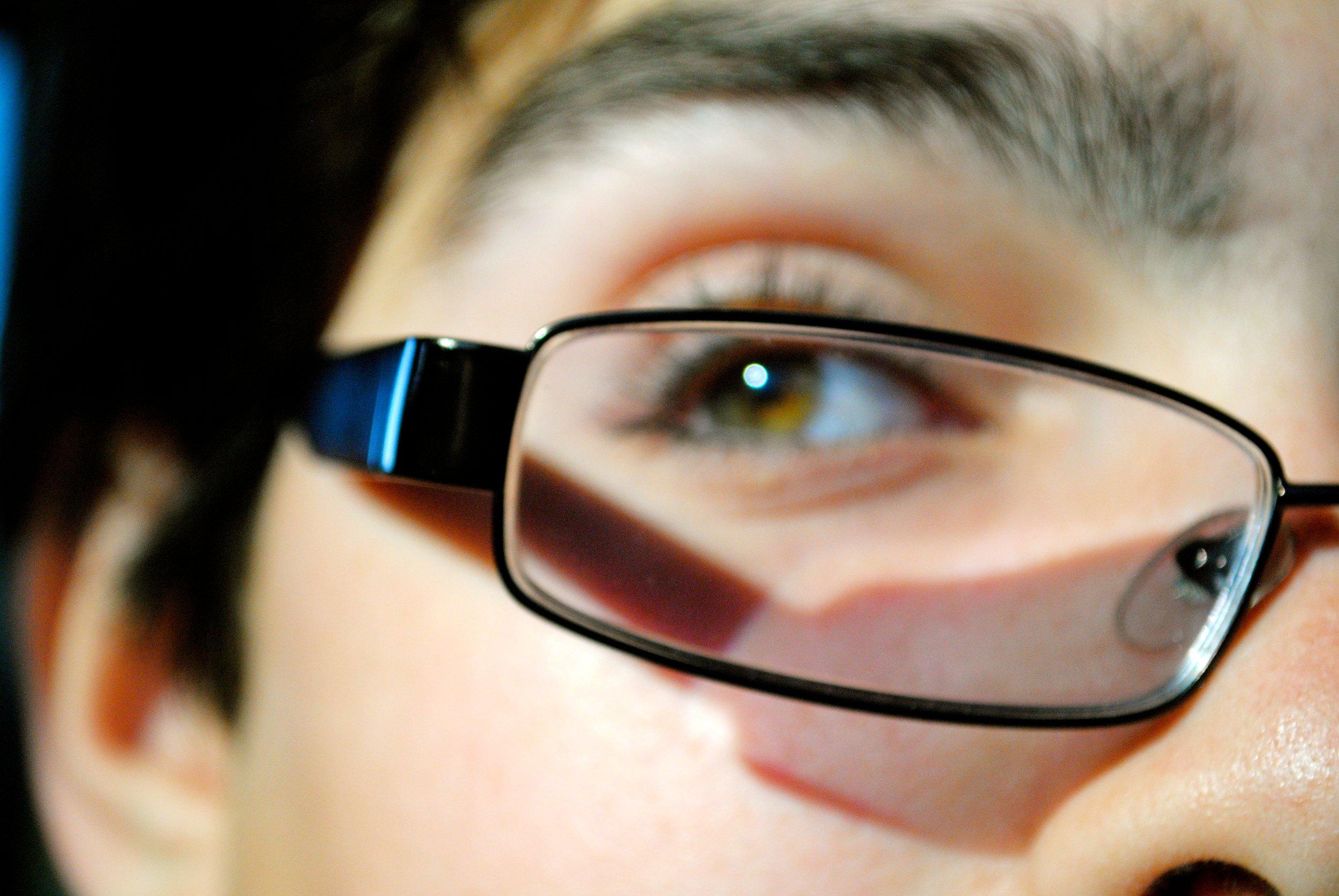 1.2-glasses.jpg
