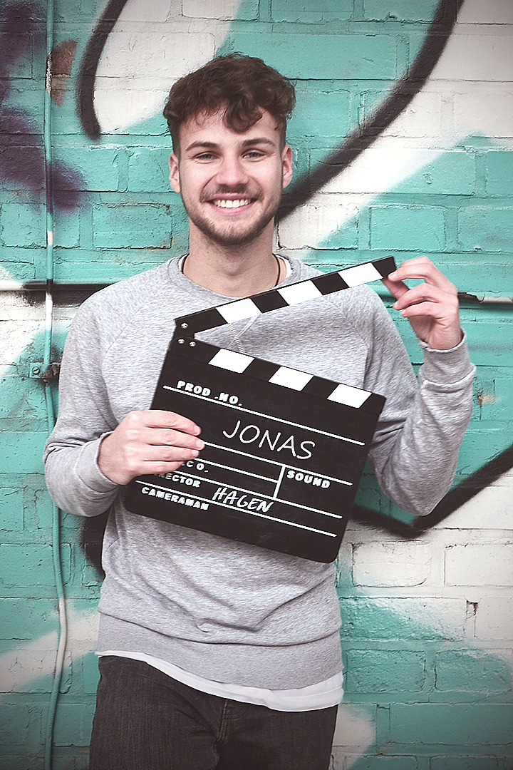 Jonas - PROJECT COORDINATORCommunication, Photographer, Cutter, Social-media Guy