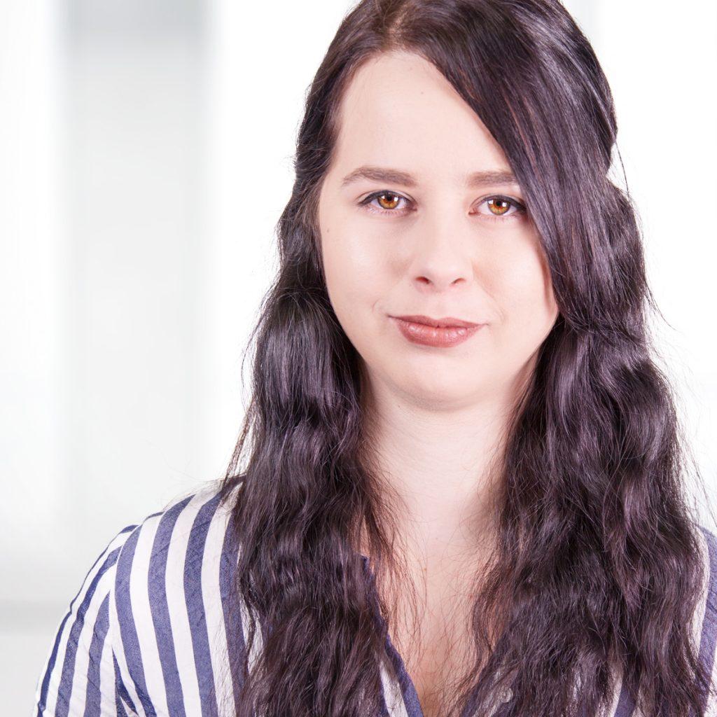 Lisa Murche - Position: Werkstudentin Data Analysis, Research & Customer InsightsAlter: 22Heimat: Leipzig