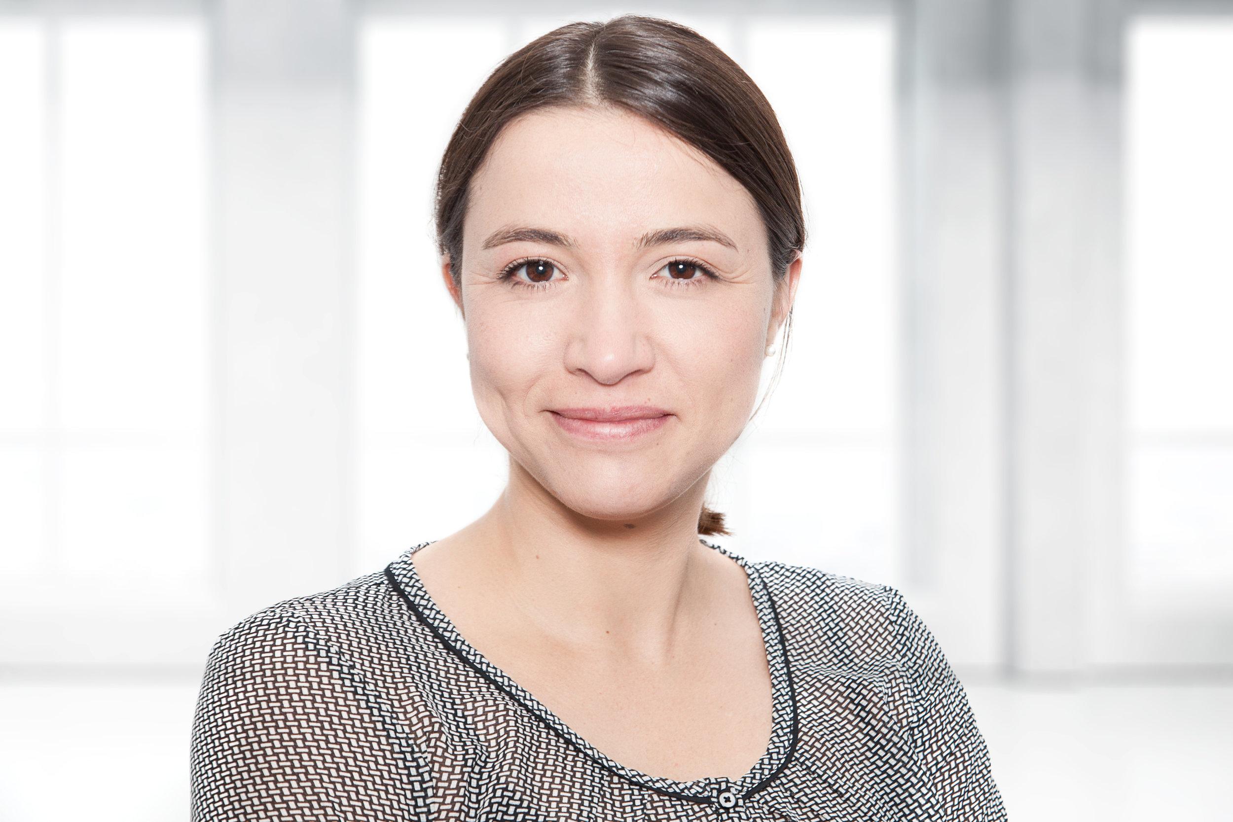 Kitty Stecher - Position: Assistenz der GeschäftsführungAlter: 34Heimat: Döbeln