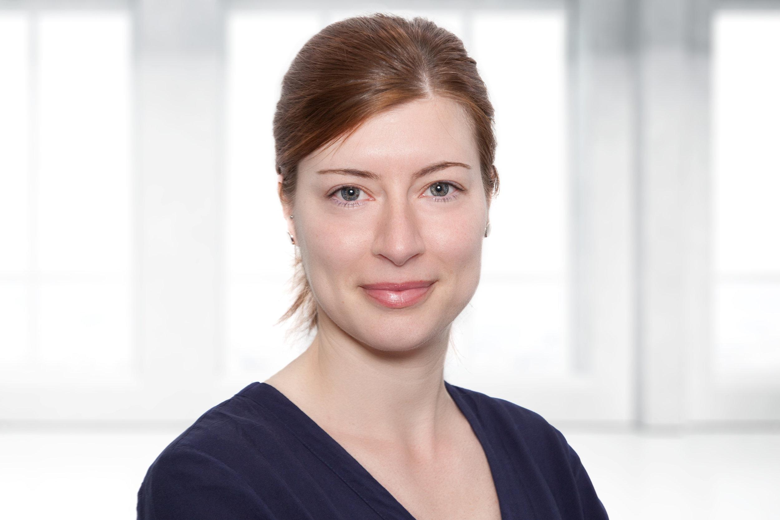 Christine Stahlschmidt - Position: Manager Corporate CommunicationsAlter: 34Heimatort: Eisenach