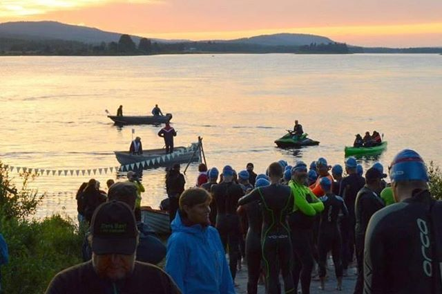 "Celebrating TOP 10 🏆 Swim the Arctic Circle in Juoksengi is placed in the TOP 10 best open water swim races 🏊🏻‍♀️ IN THE WORLD by @redbull 🌍 Wow! . #destinationovertornea is so proud of the work and love that the village association in Juoksengi put into the race. Well deserved! 👏🏻👏🏻 . Are you curious about the swimming competition? Visit Övertorneå on July 14, 2019 as a spectator (this year's race is already fully booked) or keep an eye out for next year's race if you like to participate 🌊 . A snippet from the #redbull article: ""For an atmospheric experience, try Swim The Arctic Circle. Now in its ninth year, swimmers race from Finland to Sweden across the idyllic Torne River – and it all takes place under the glow of the midnight sun. The route will take you over the International Date Line, technically arriving in Sweden the day before you started the race."" . #topten #swimming #heartoflapland #tornedalen #openwaterswim"