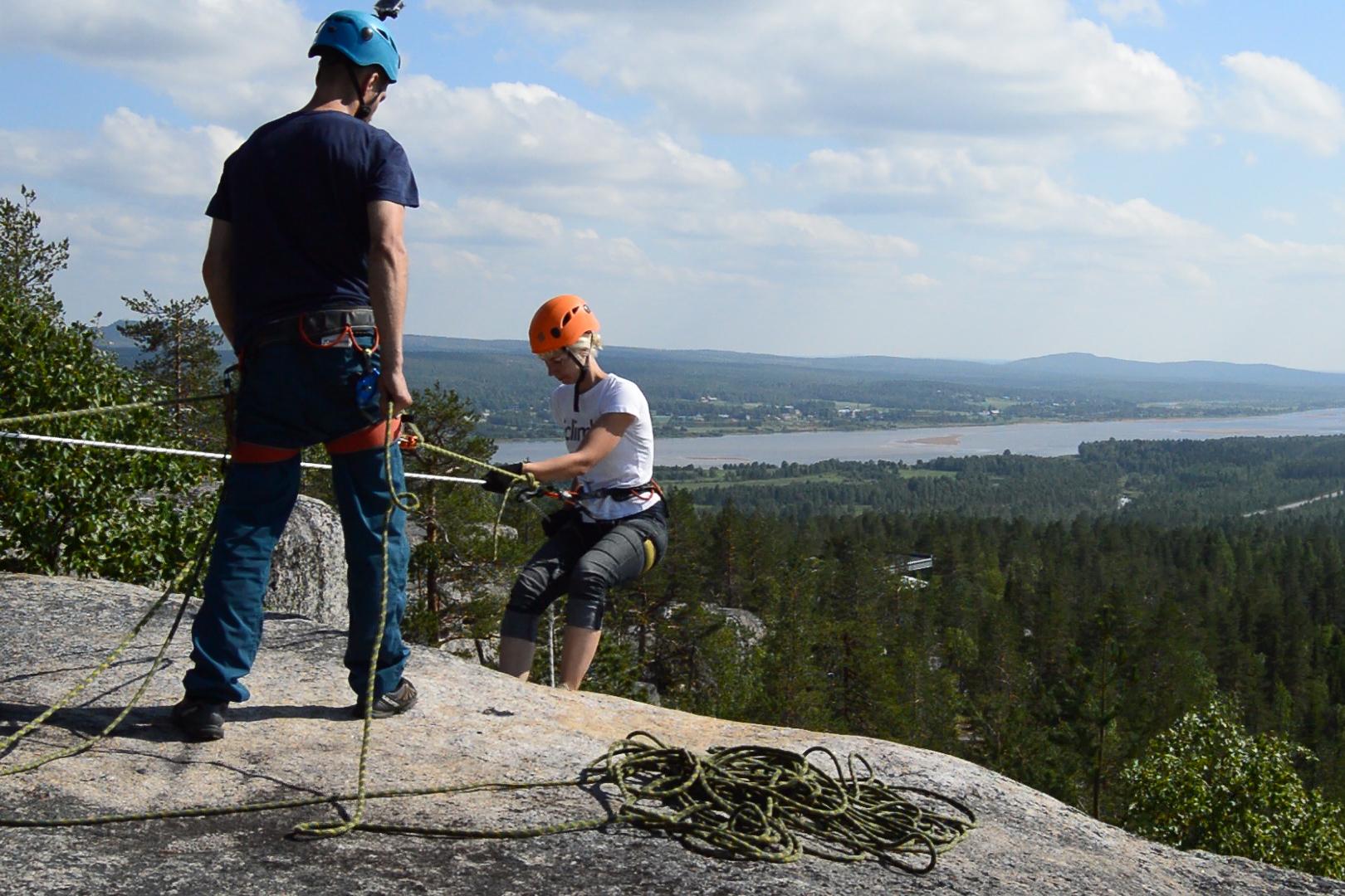 Rappelling Luppio Mountain Phegl Övertorneå