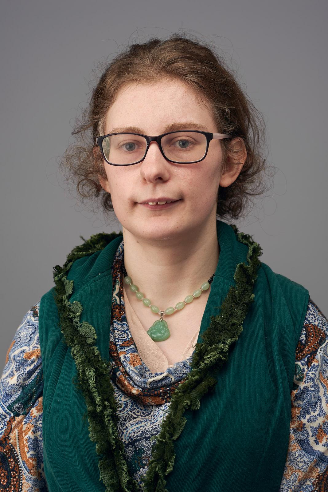 Alice: Artist, Gardener, Volunteer at Internet access facility - Warburton Online.