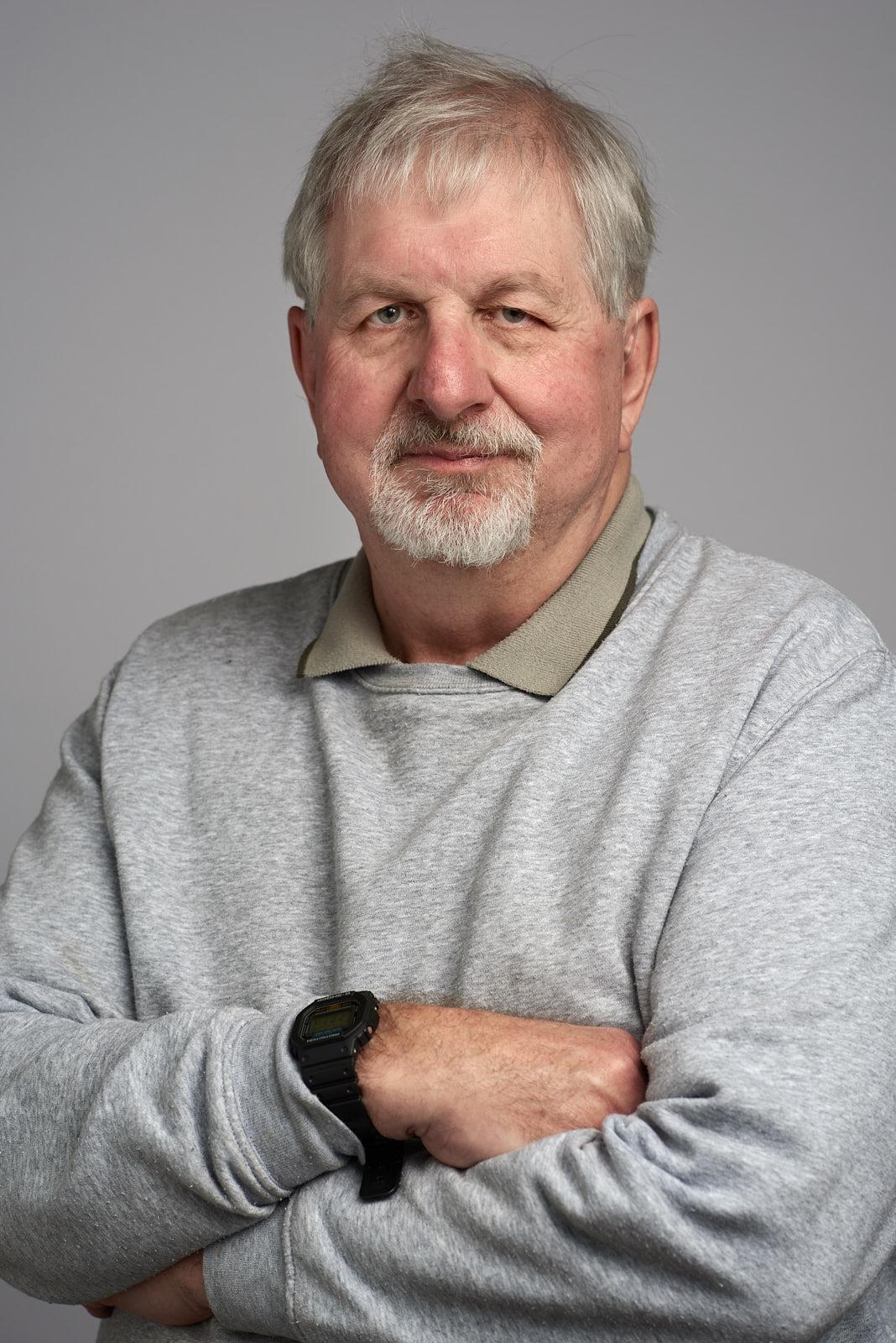Bob: President Upper Yarra Valley U3A, Secretary Millgrove Resident's Action Group, Branch Member ALP, British Public Service 1967-1970, Australia Post 1980-2012.