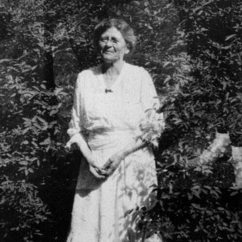 Isabel Howland