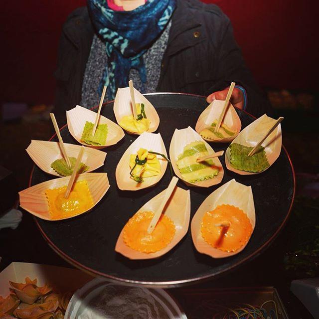 Der 2. SUPERMÄRIT Tag neigt sich dem Ende zu.Morgen Sonntag  wird weiter degustiert,eingekauft und ausgetauscht. Kommen Sie vorbei... __ #pasta #ingredienza #kulinarik #gastronmie #schlemmen #begegnen #geniessen #einkaufen #markt #supermaerit #aarberg #seeland