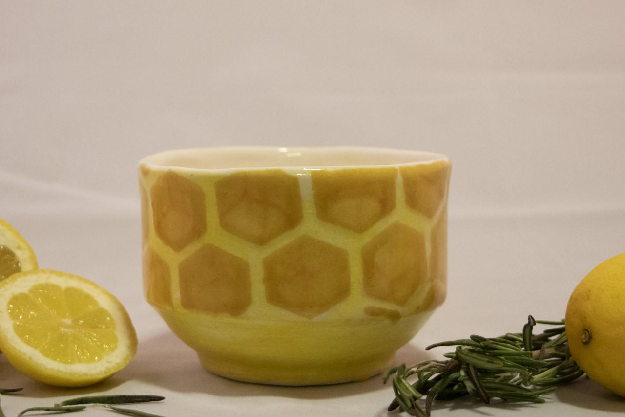 Large Honeycomb - Drinking CupCone 6 StonewareOxidation
