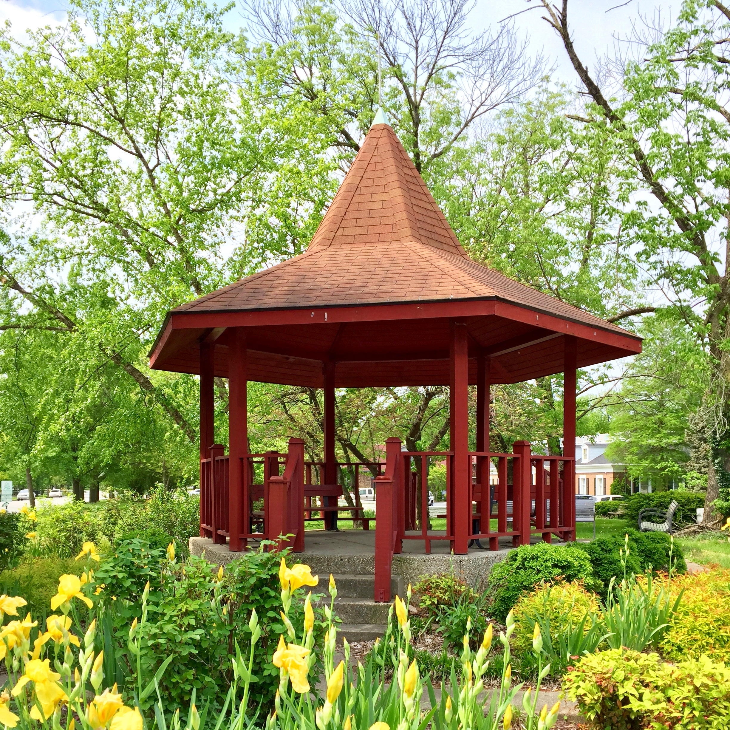 The gazebo at Woodlawn Avenue and Southern Parkway
