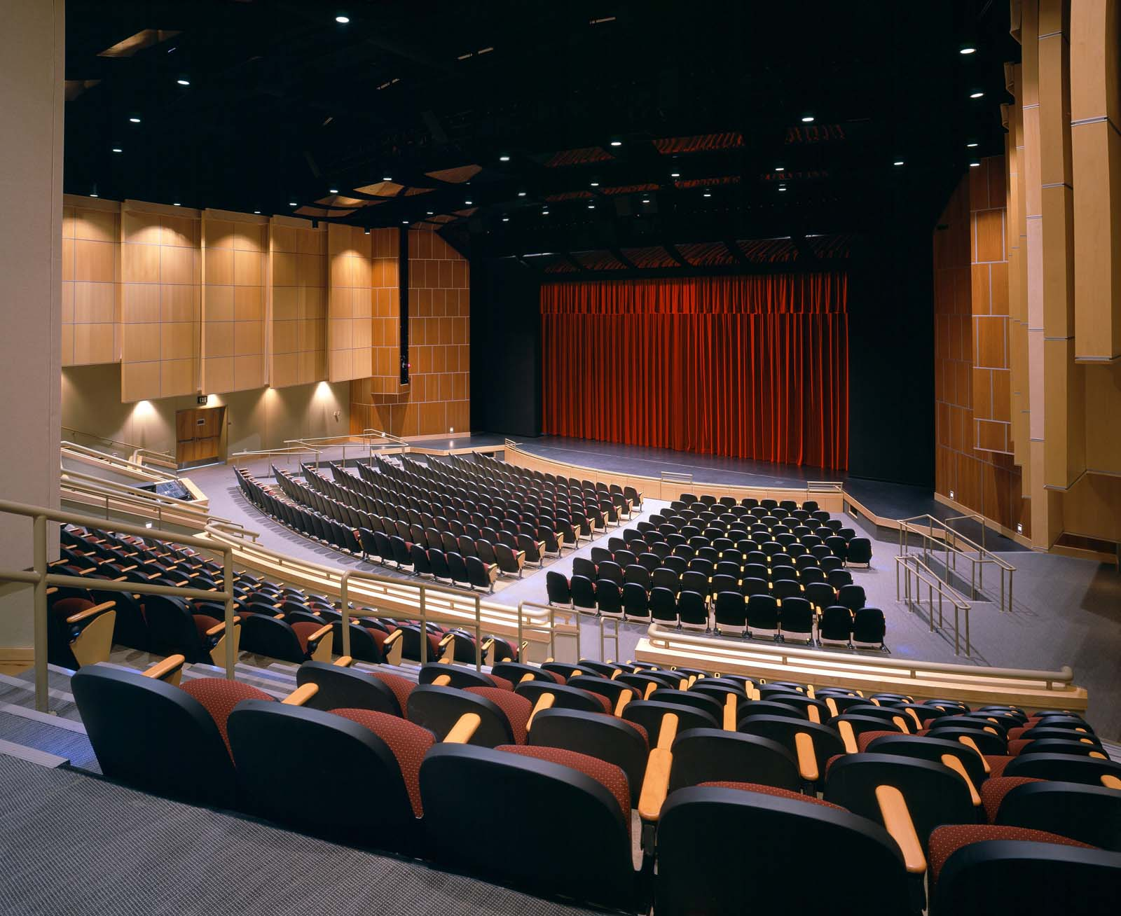Coughlin Saunders Performing Arts Center   VIEW PROJECT →