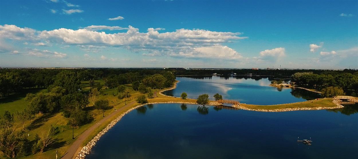 HENDERSON LAKE PARK, SOUTH LETHBRIDGE