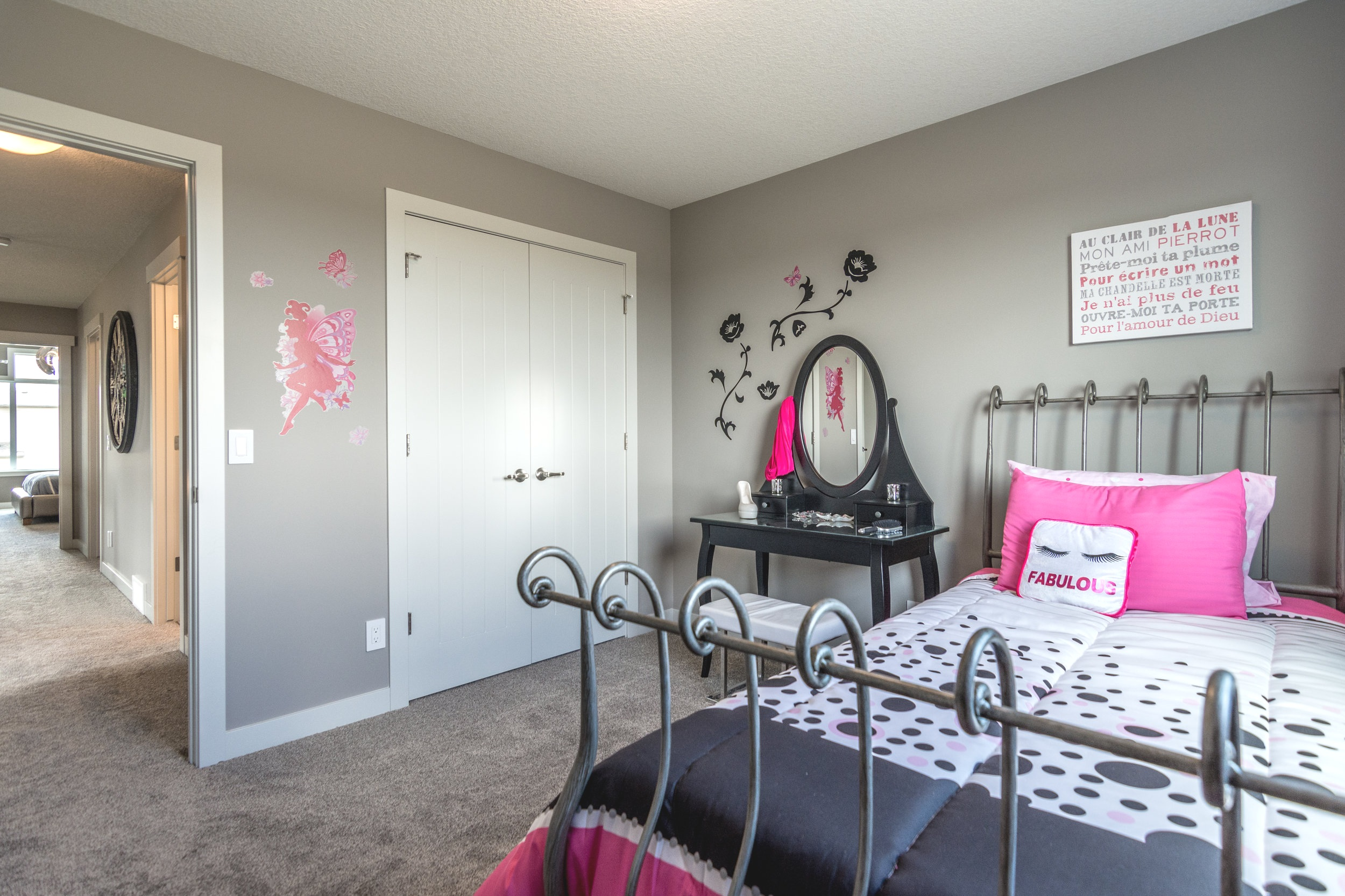 45-bedroom 2-2-1649.jpg