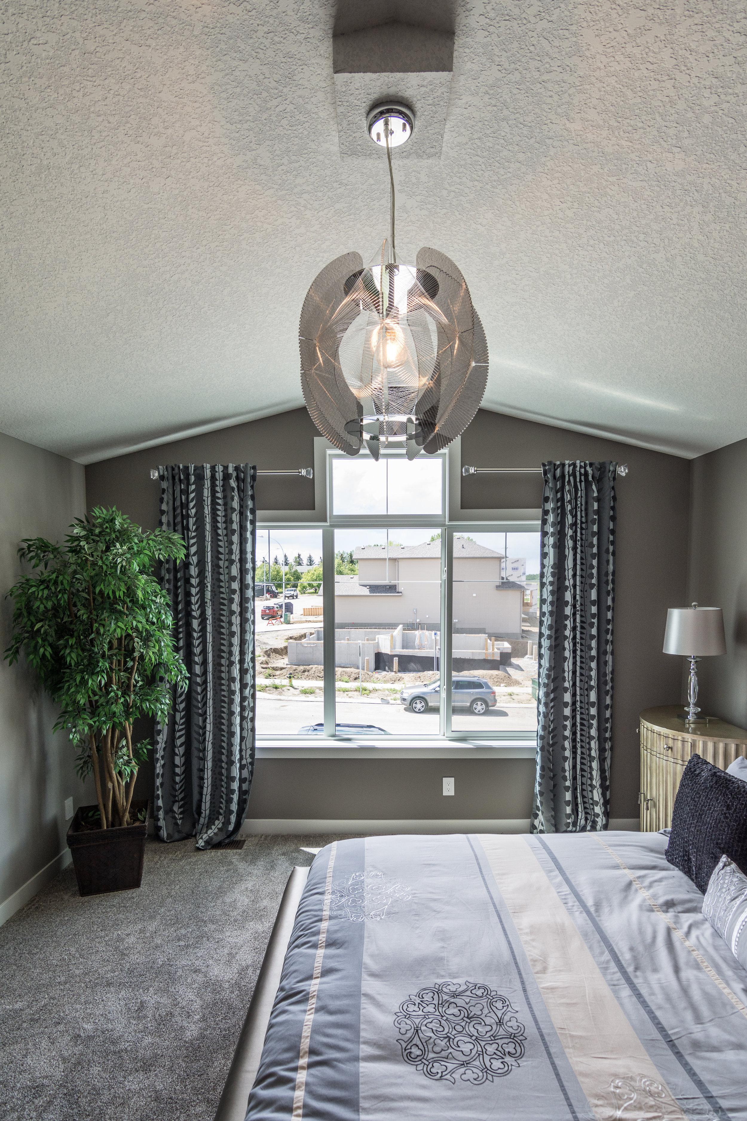 28-master bedroom 1-1702.jpg