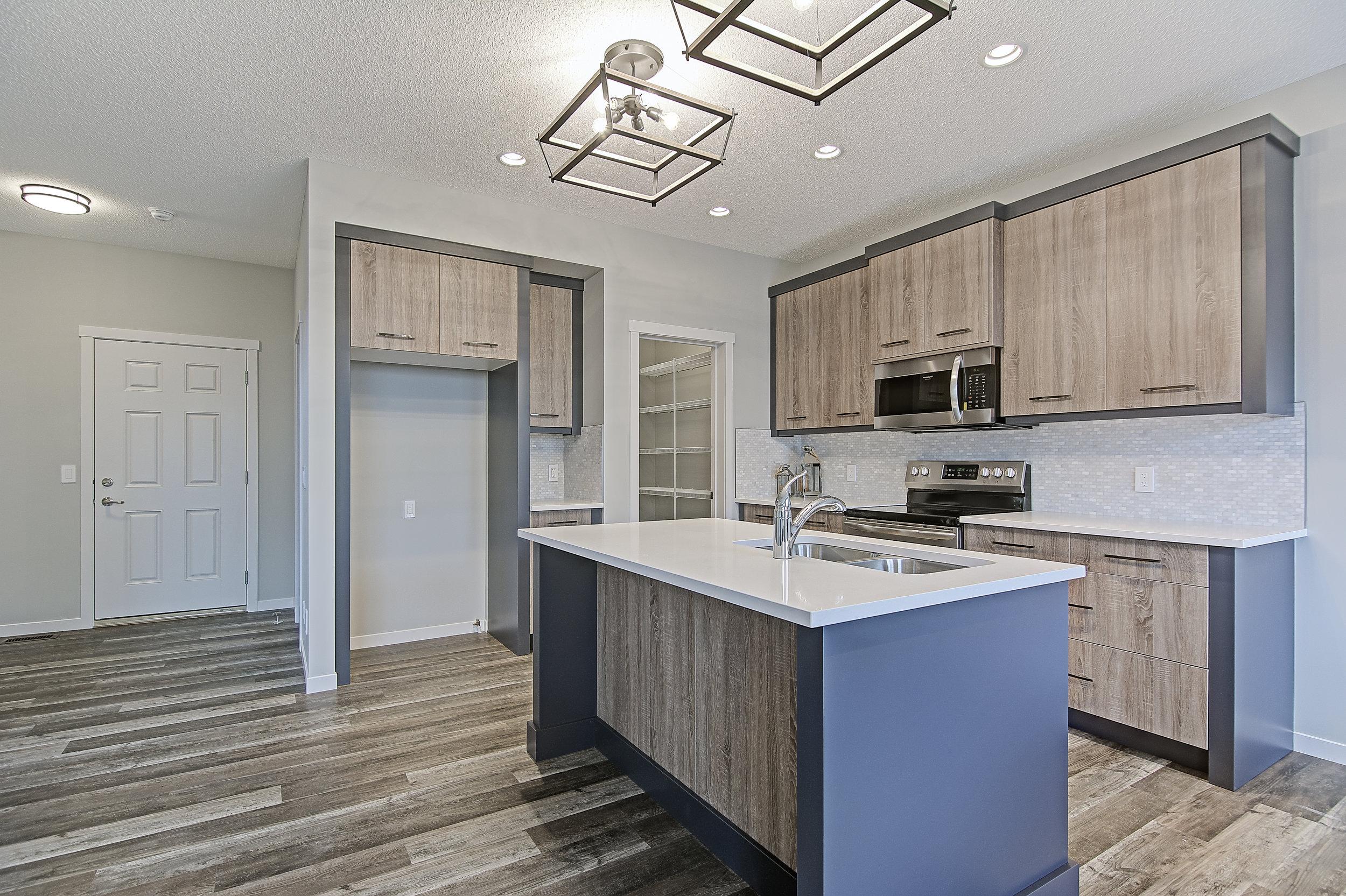 9-main kitchen 1-.jpg