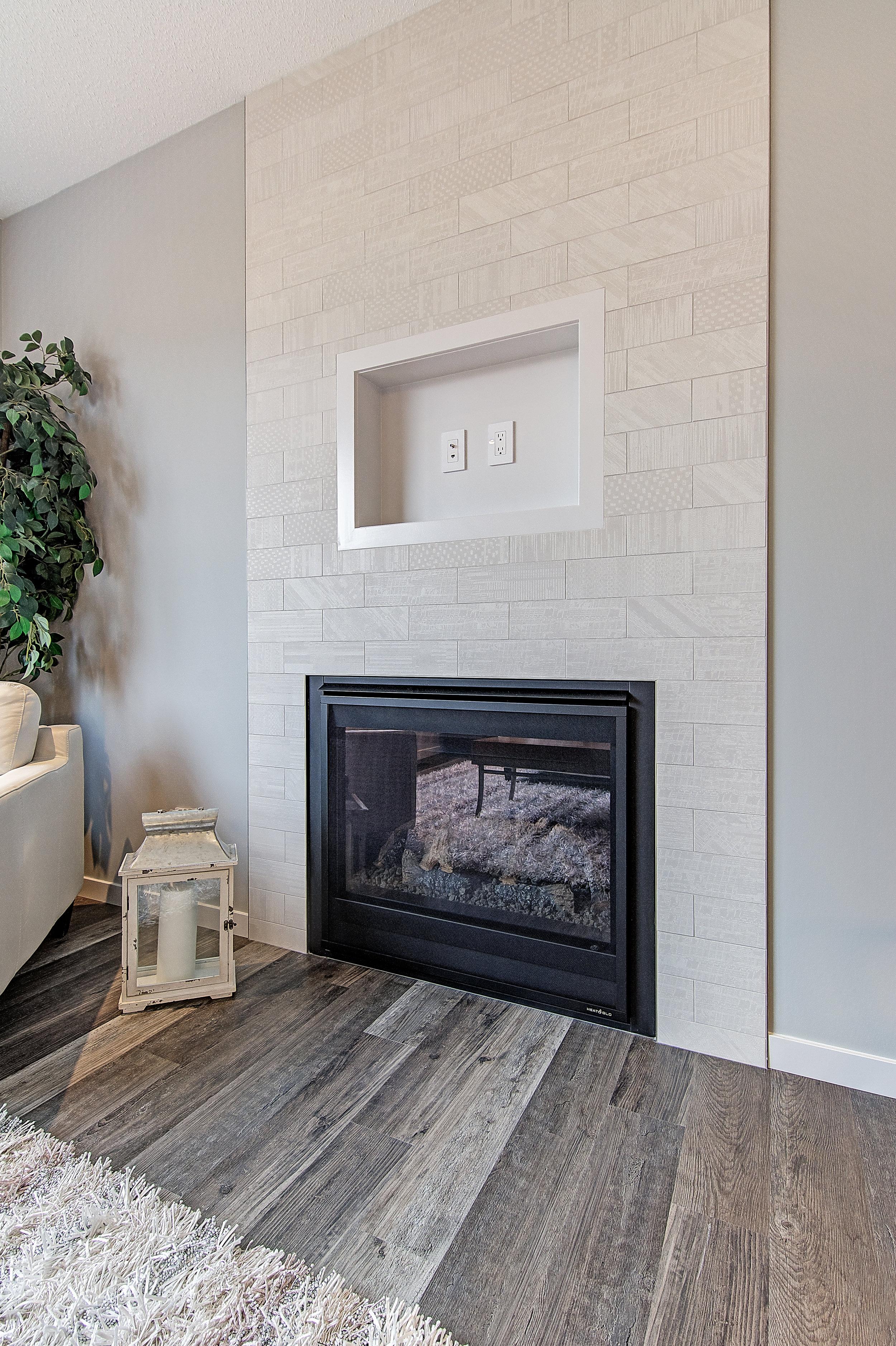 12-main fireplace-.jpg