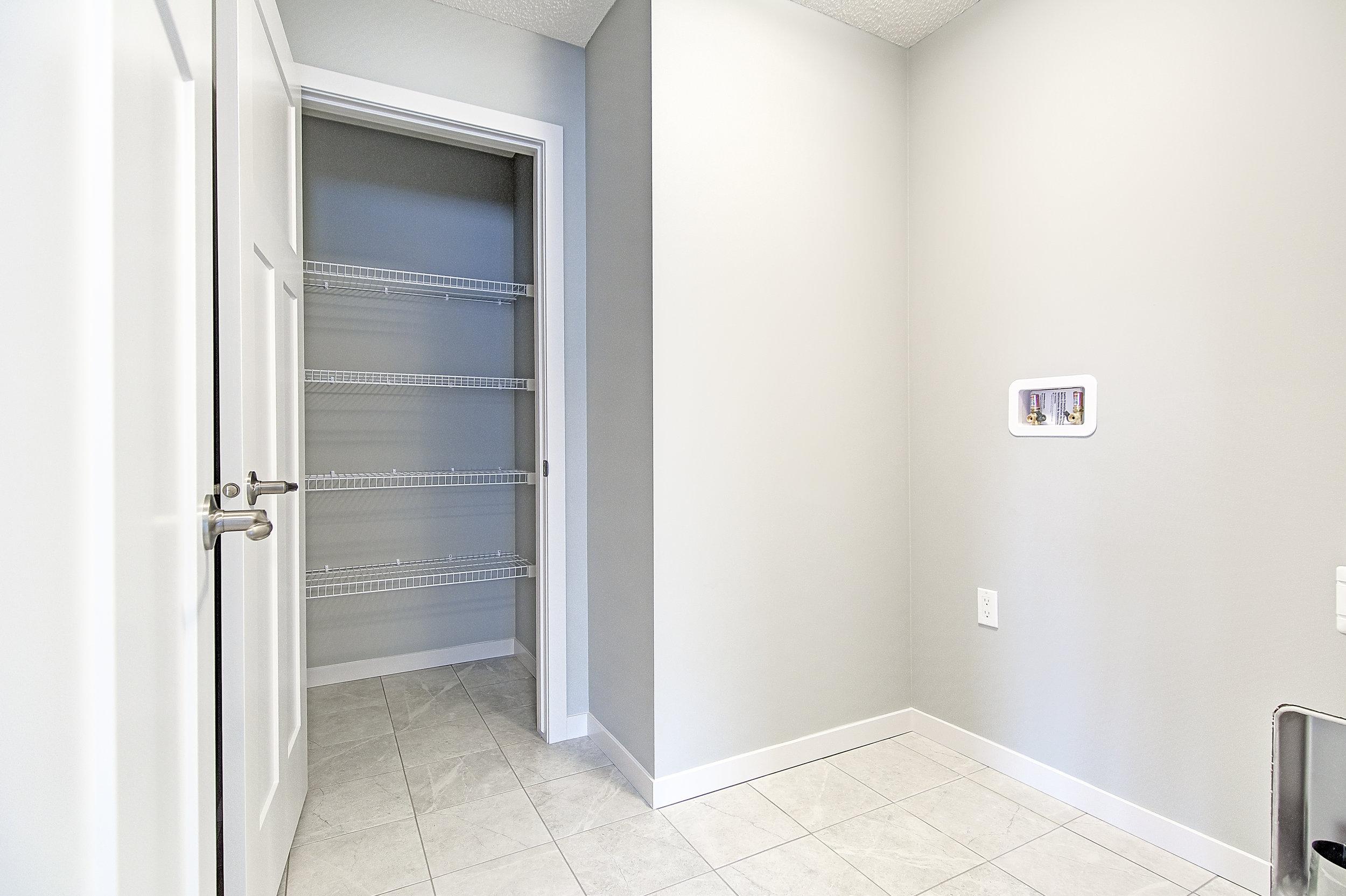 20-upper laundry room-.jpg