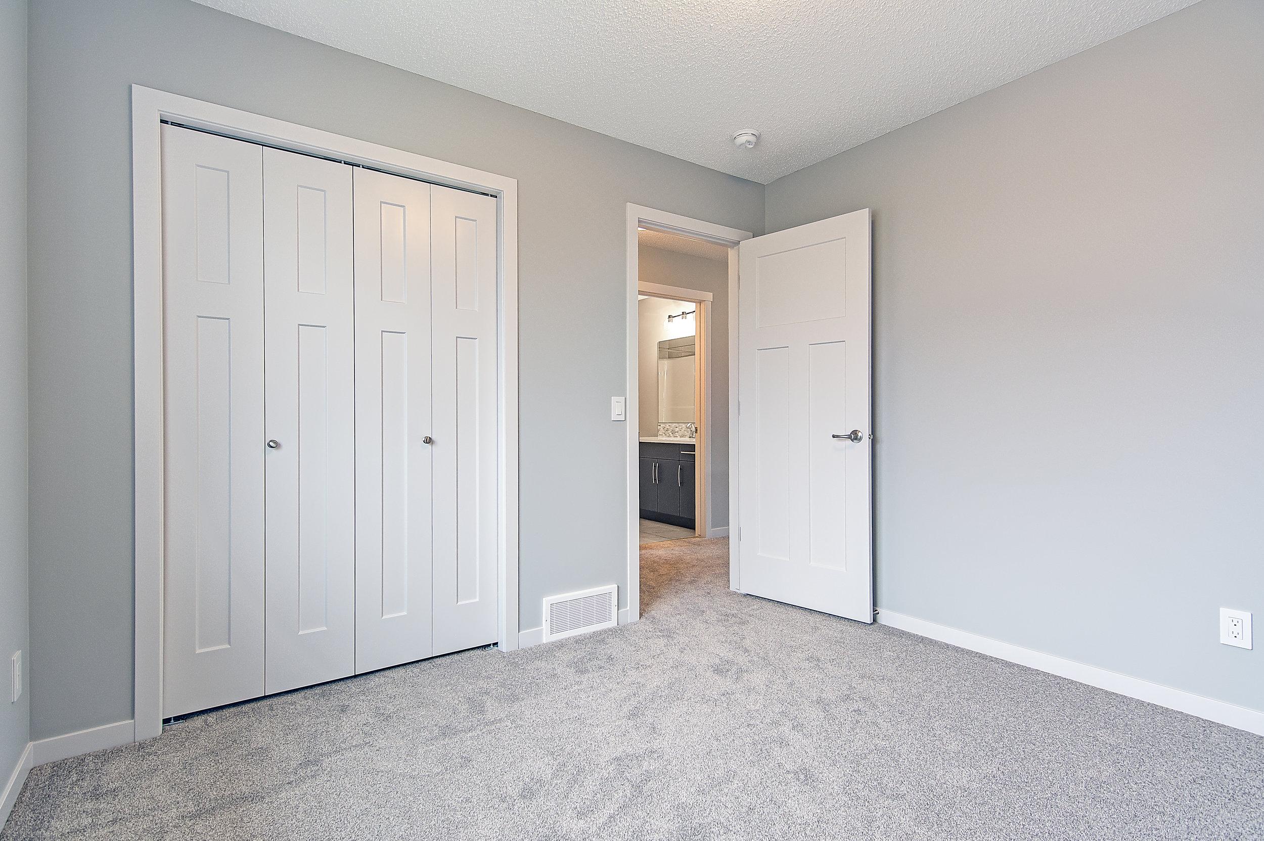 17-upper bedroom 2-2-.jpg