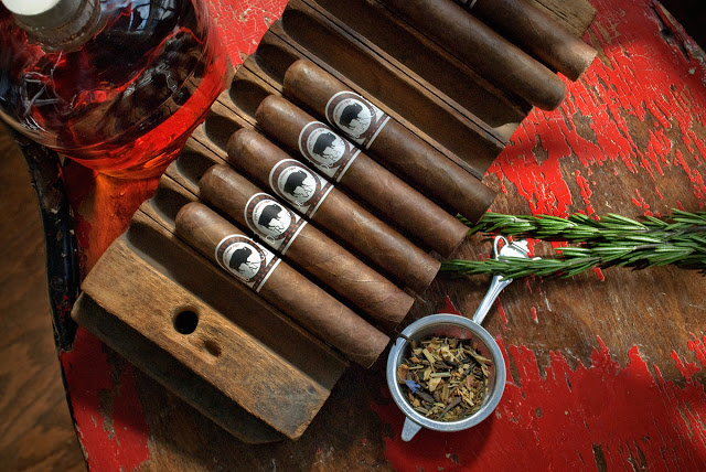 durango-cigars-overhead-cigar-lounge-saint-louis.jpg