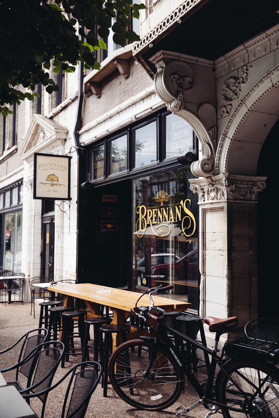 Brennans-Durango-Cigar-Lounge-Entrance.jpg