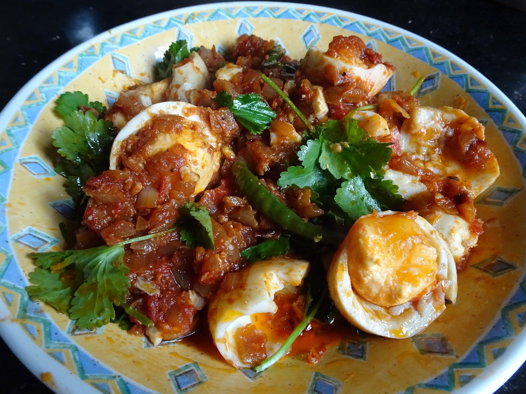 meemalee_Burmese Egg Curry 1.jpg