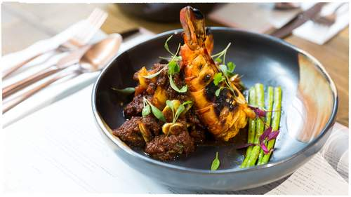King Prawn Curry with Pae Pote at Lahpet. Photograph by Kathrin Werner, courtesy of Lahpet