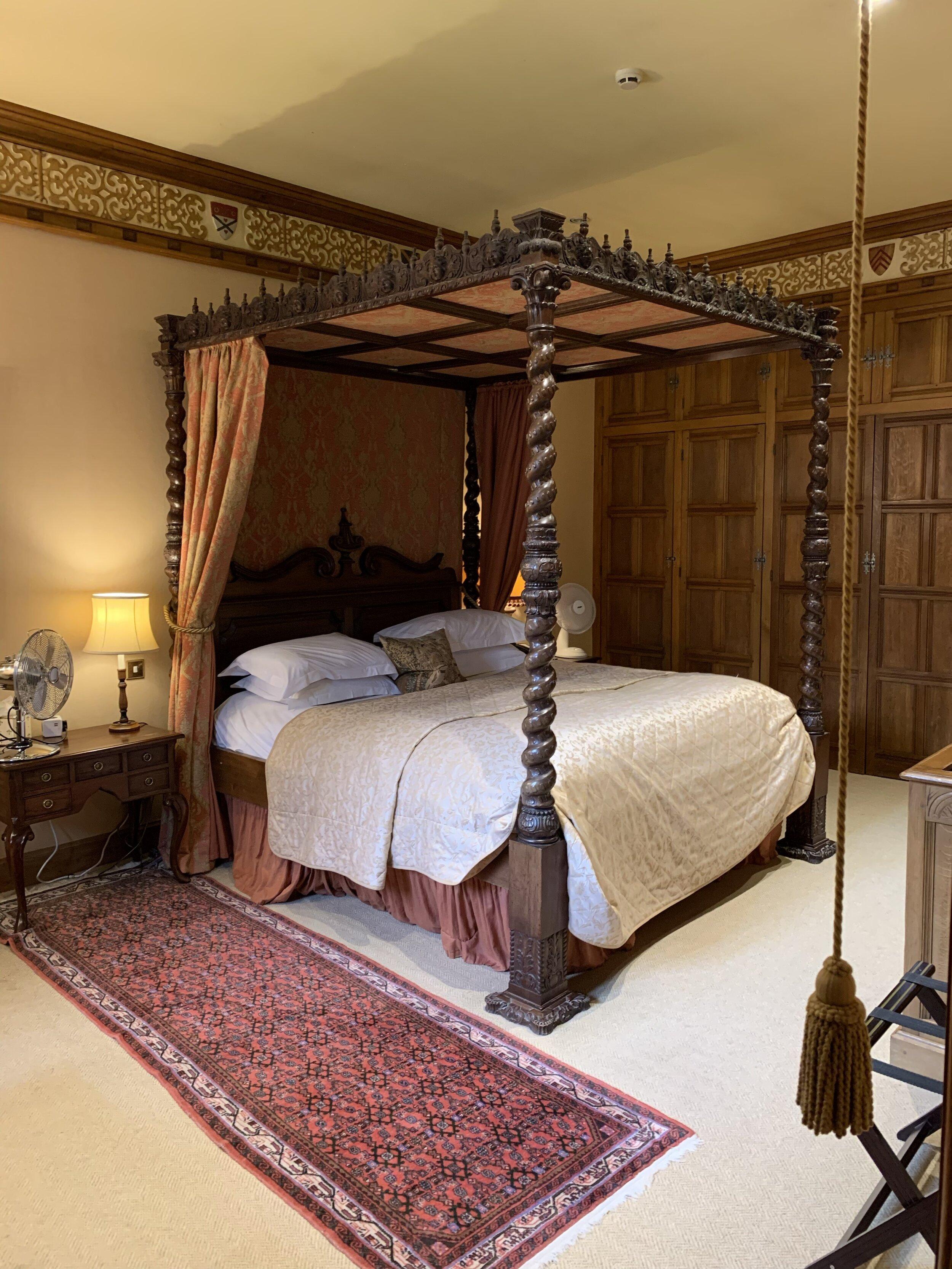 Superior Suite, Bedchamber