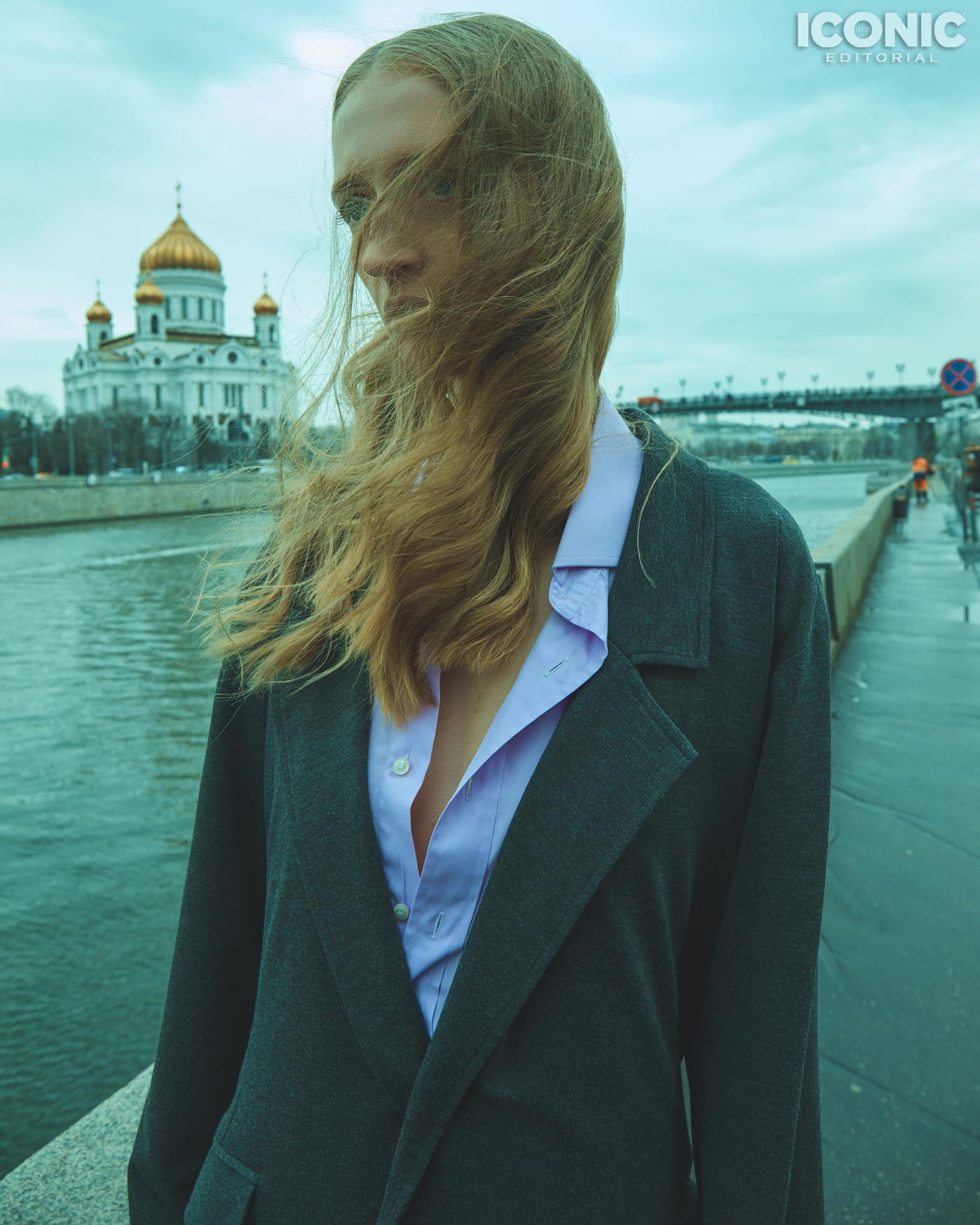 2/15  Suit |  @artemshumov  Shirt | Muss  © Alej Fernández
