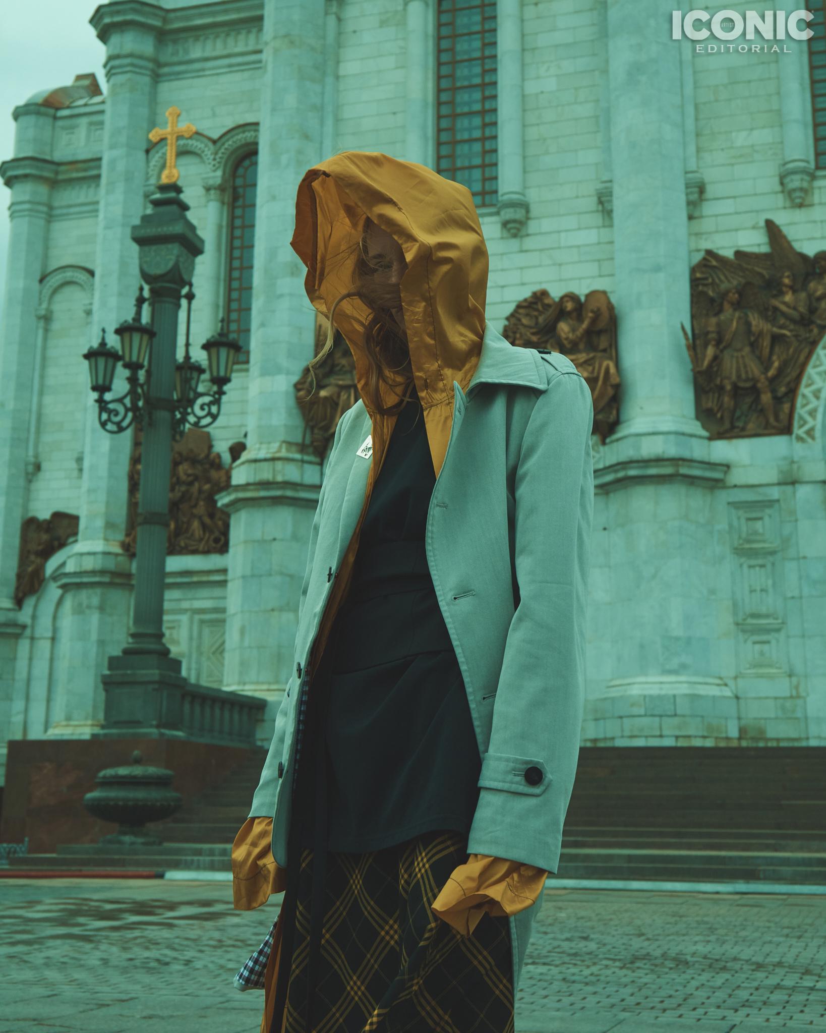 14/15  Jacket |  @artemshumov  Sweater |  @pingpongclubmoscow  Cape |  @crimescene_official  Dress |  @lenamaksimova.brand   © Alej Fernández