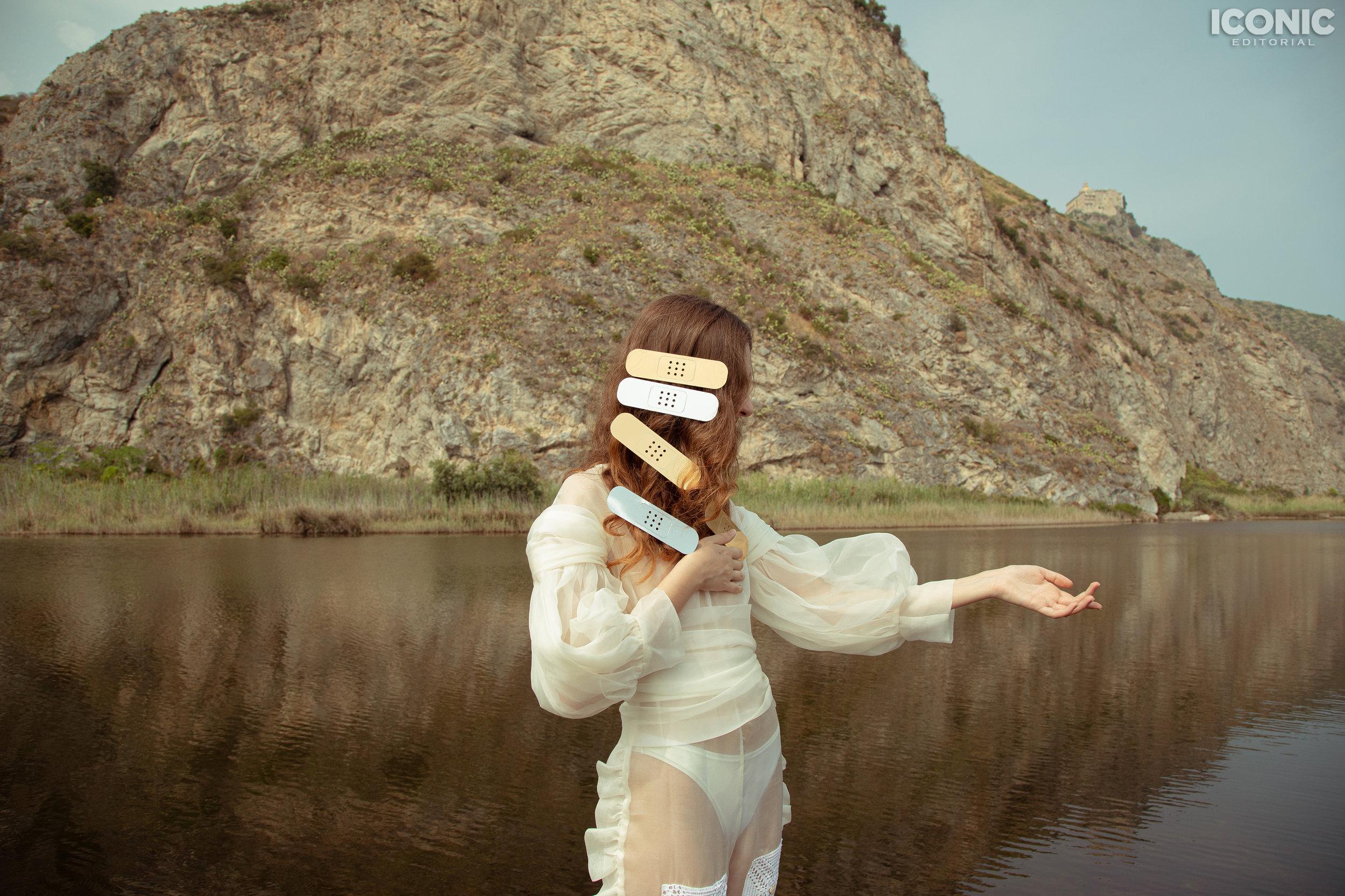 8/12  © Greta Bartuccio