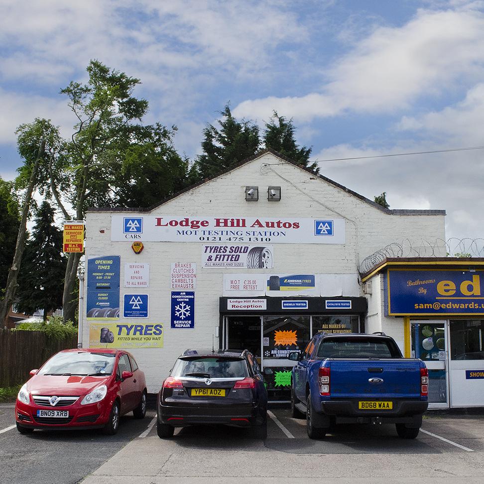 Lodge Hill Autos Square DSC_0007 RT 72dpi.jpg
